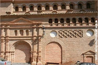 Paniza iglesia de nuestra se ora de los angeles - Arcos de ladrillo visto ...